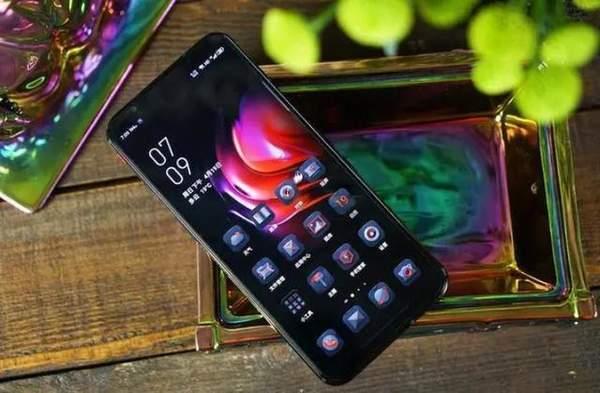 努比亚红魔5G游戏手机价格跌至3199元,现在还值得购买吗?