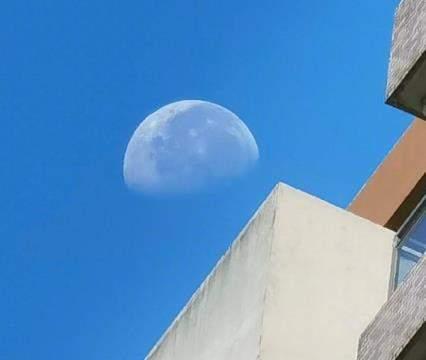 华为Mate40Pro拍月亮样张曝光,新机预热升级