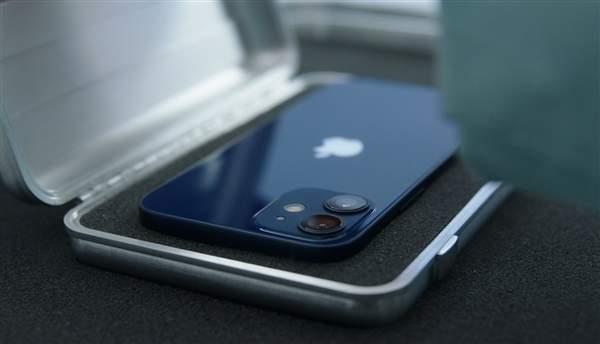 iphone12预定火爆,海军蓝需要加价买!