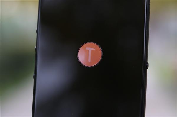 坚果R2撞衫iPhone12,直角边框设计真的好看吗?