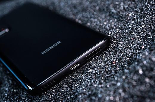 荣耀X10支持NFC功能吗?荣耀X10有双扬声器吗?