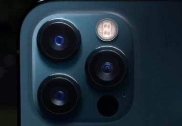 小米10至尊版和iphone12pro哪个好_参数对比评测
