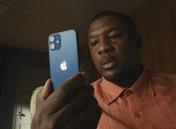 iPhone12不送耳机充电线真的环保?分析师:自欺欺人