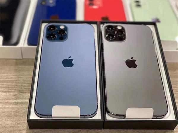 iPhone12/Pro真机曝光,多款颜色实物图