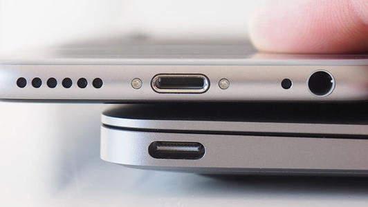 iPhone或将放弃USB-C接口,普及无线充电