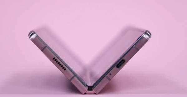 三星GalaxyZFold3最新消息,或搭载SPen触控笔