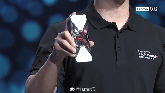 联想拯救者电竞手机Pro透明版即将上市,辨识度超高!