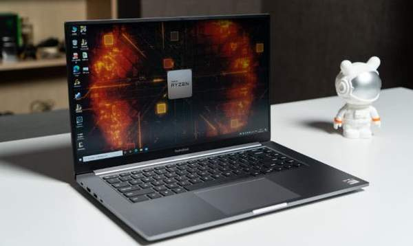 RedmiBook16锐龙版降价至3799元,采用全面屏设计
