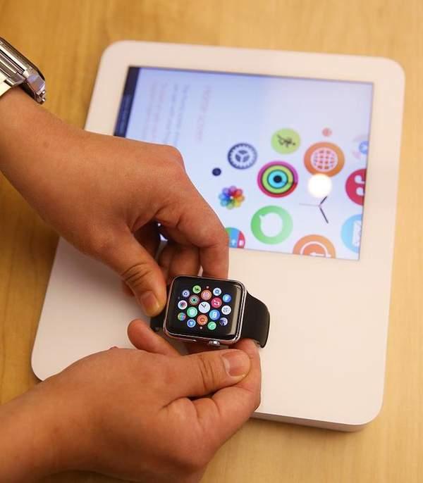苹果AppleWatch出货量占全球份额55%,近1亿台!