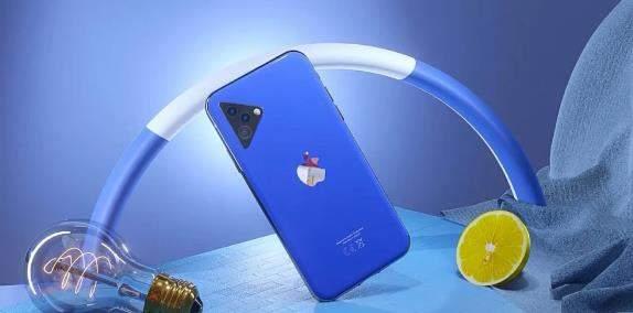 iphone12屏幕曝光:令人期待的真全屏!