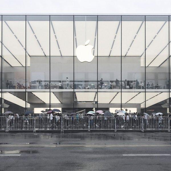 """iPhone第二季度国内销量飙升:苹果靠啥""""打败""""所有国产机?"""