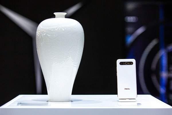 魅族携手晓芳窑举办ChinaJoy2020首次殿堂级陶瓷展