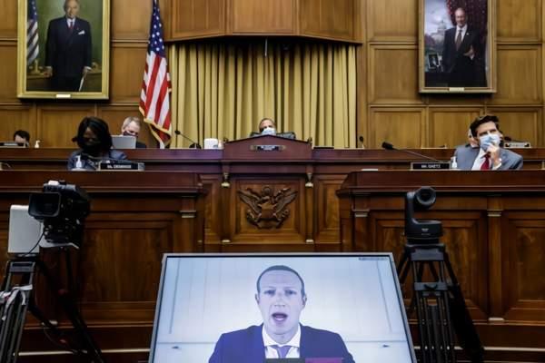 撕下面具!Facebook创始人并没有很热爱中国!