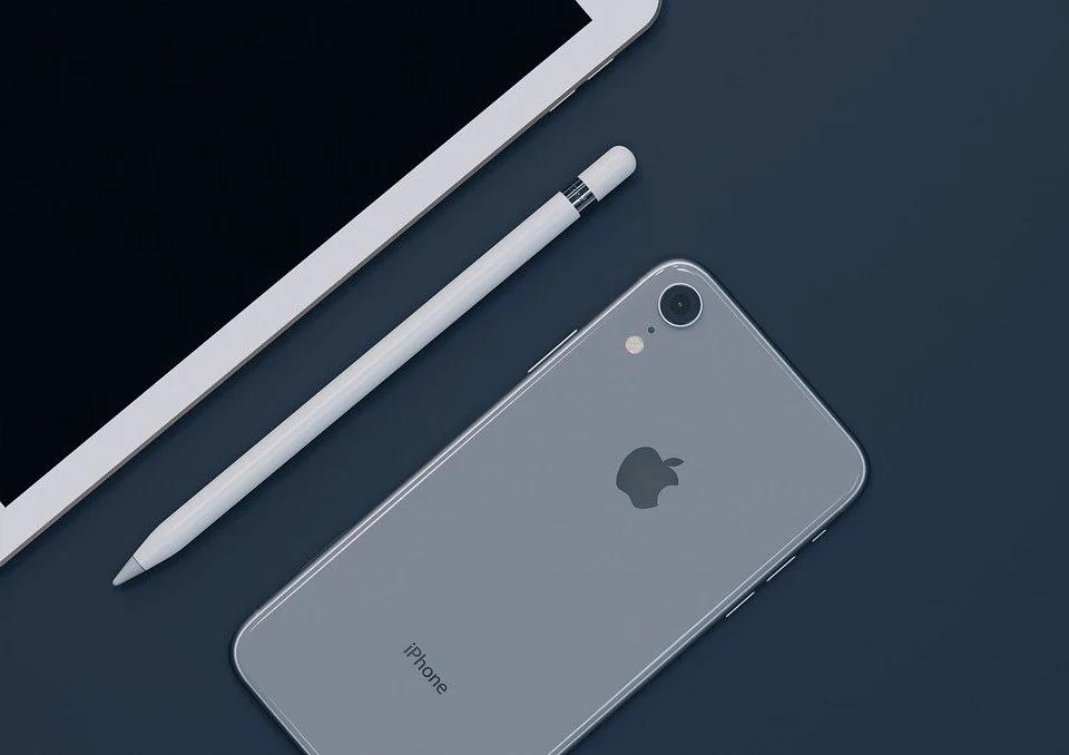 iPhone被指虚假防水宣传:苹果宣传史上最大滑铁卢?