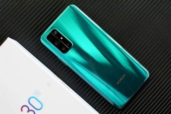 2000元左右的5G荣耀手机哪款好?这几款高配低价不过时!