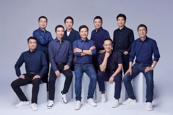 雷军重新创业,王翔、卢伟冰等四人成为小米合伙人