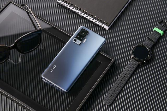iQOO5發布會搶先看,三大120技術加持叫板小米至尊紀念版