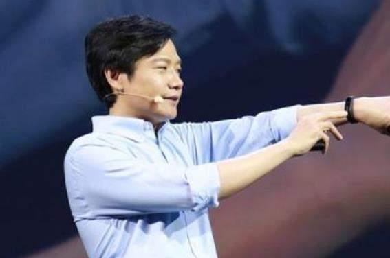 雷军直播带货首秀:小米透明电视火爆全场!