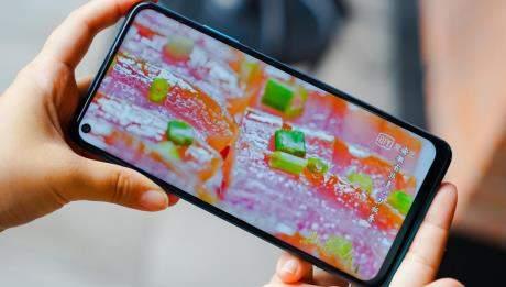 华为麦芒9手机评测:6.8英寸大屏超舒适体验