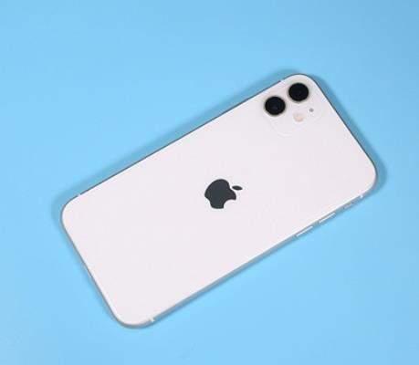 iPhone 8卖3万还有人疯抢,这是为什么呢?