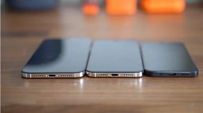 iOS14意外曝光iPhone12重磅功能,120Hz屏幕成最大杀手锏
