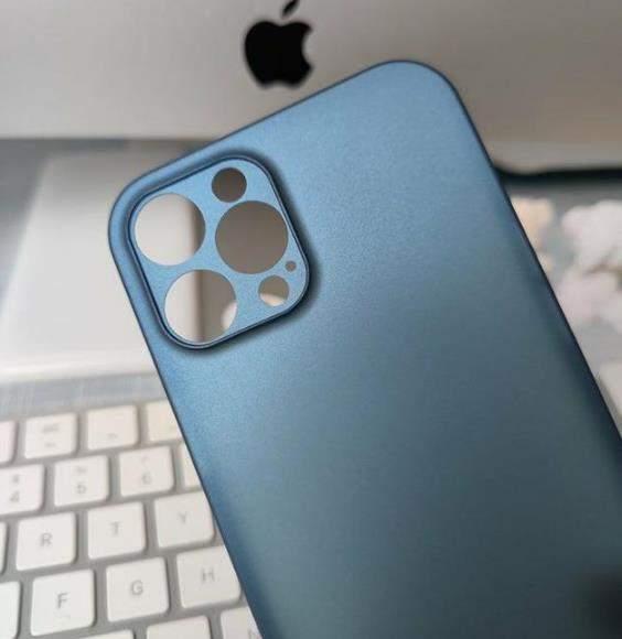 iPhone12外观后壳曝光?与iPhone 12渲染图并不一致!