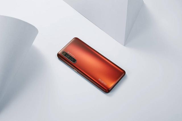 真我x50pro和紅米k30pro哪個好?手機參數配置對比怎么樣?