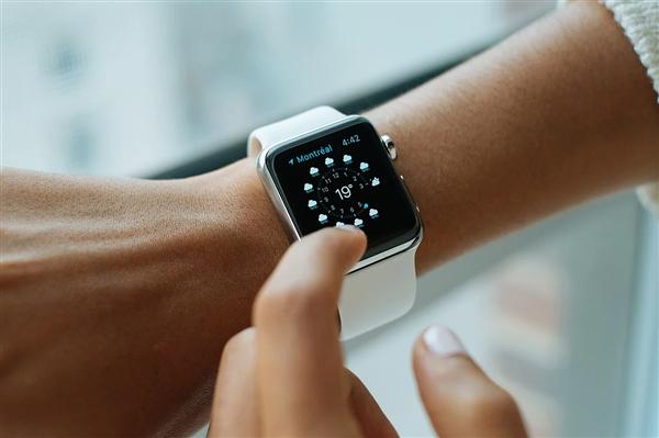 曝Apple Watch 6电池缩水,让人大失所望