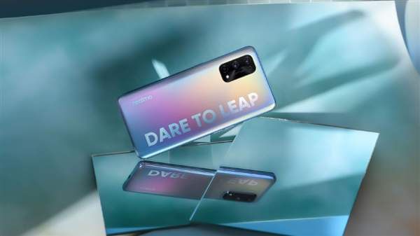 realme新机价格曝光:999元成价格最低5G手机