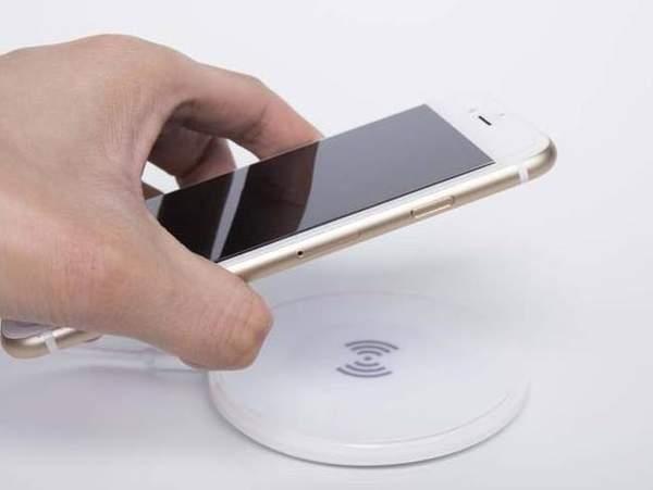 iphone12无线充电新技术,支持磁吸定位!