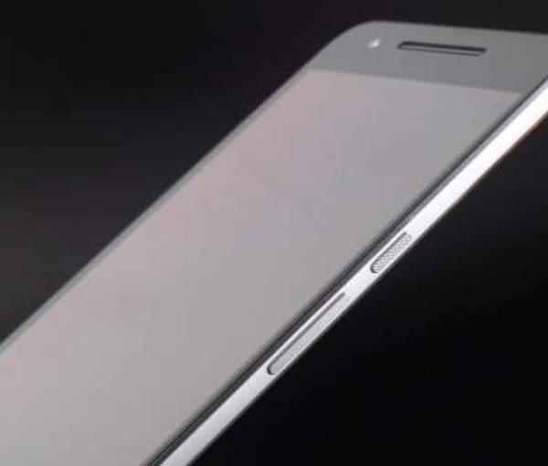 谷歌与三星和京东方紧密合作:准备发布新款6.67英寸手机