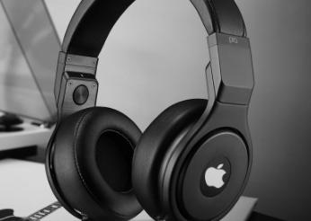 苹果头戴式耳机爆料:搭载H1加强版芯片