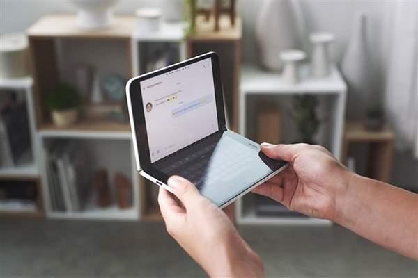 微软Surface Duo正面真机照曝光:8月底发布