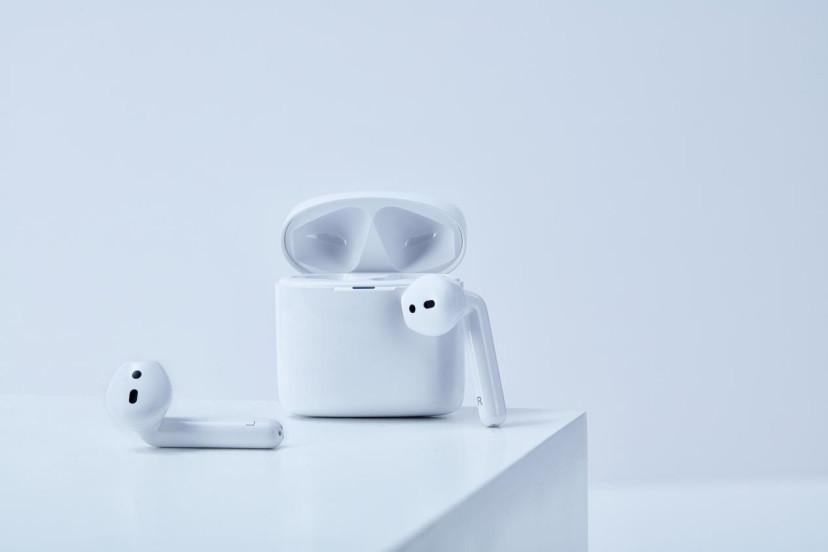 科大訊飛發布轉寫耳機iFLYBUDS,支持通話內容轉化為文字