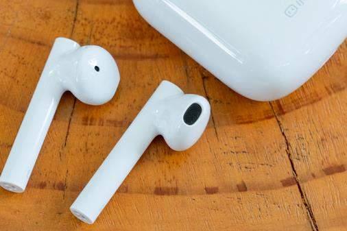 百度官宣:小度真無線智能耳機于9月15日發布