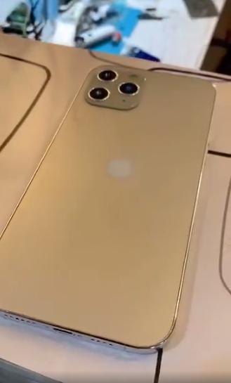 iPhone12真机曝光:直角边设计,外观回归经典