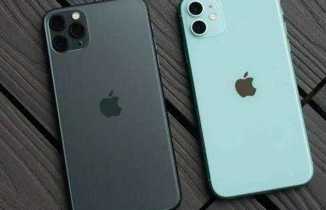 一加8Pro和iPhone11参数对比_哪个好_谁更值得入手