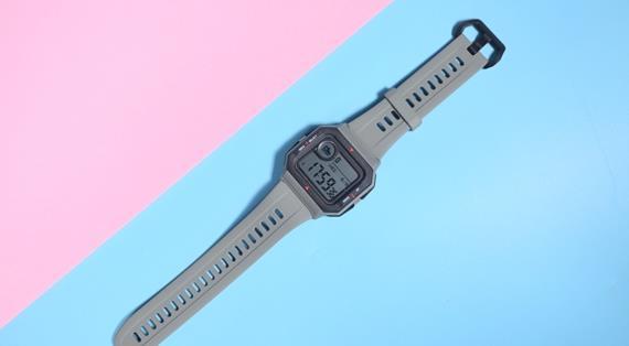 华米AmazfitNeo复古手表即将上市,华米AmazfitNeo图赏