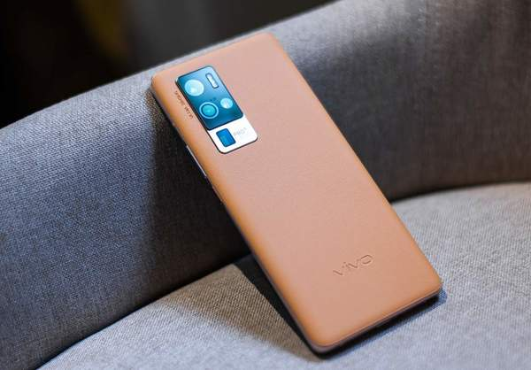 vivonex3s和vivox50pro+哪个好?手机参数对比怎么样?