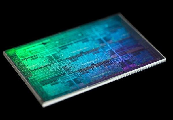 英特尔11代酷睿今晚发布:CPU性能超上代