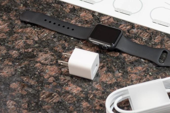 iPhone12为什么没有充电器?官方回应来了