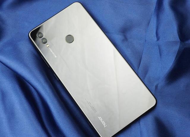 荣耀Note20最新消息,搭载鸿蒙系统10月底上市