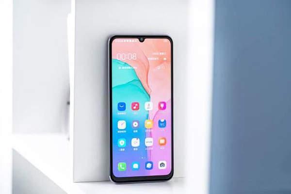 小米10青春版和vivos6哪个好?手机参数对比怎么样?