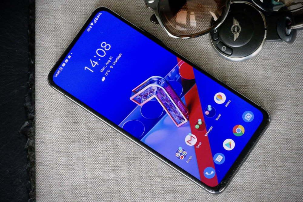 华硕ZenFone7Pro和小米10Pro哪个好?参数配置对比