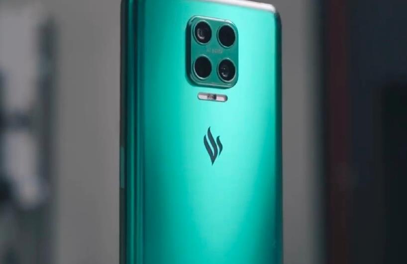 越南Vsmart屏下前摄新机即将发布:预计在下个月
