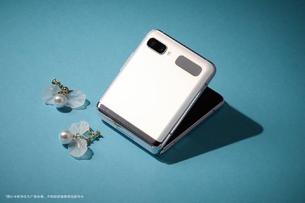 三星Z Fold2 5G国行版9月8日发布!512G大内存中国独有